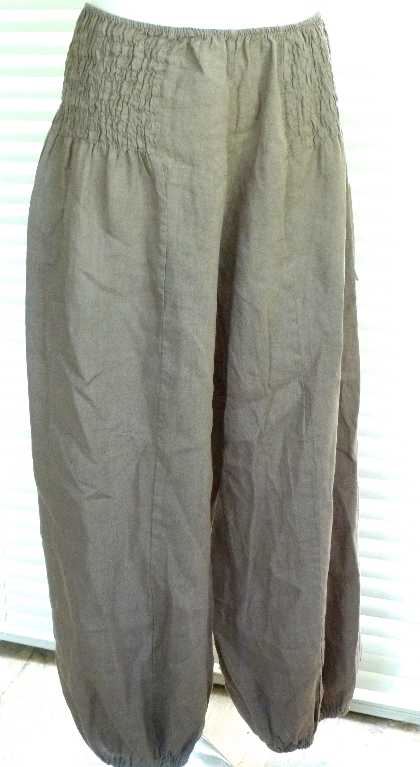 Get the best deals on linen harem pants and save up to 70% off at Poshmark now! Whatever you're shopping for, we've got it.