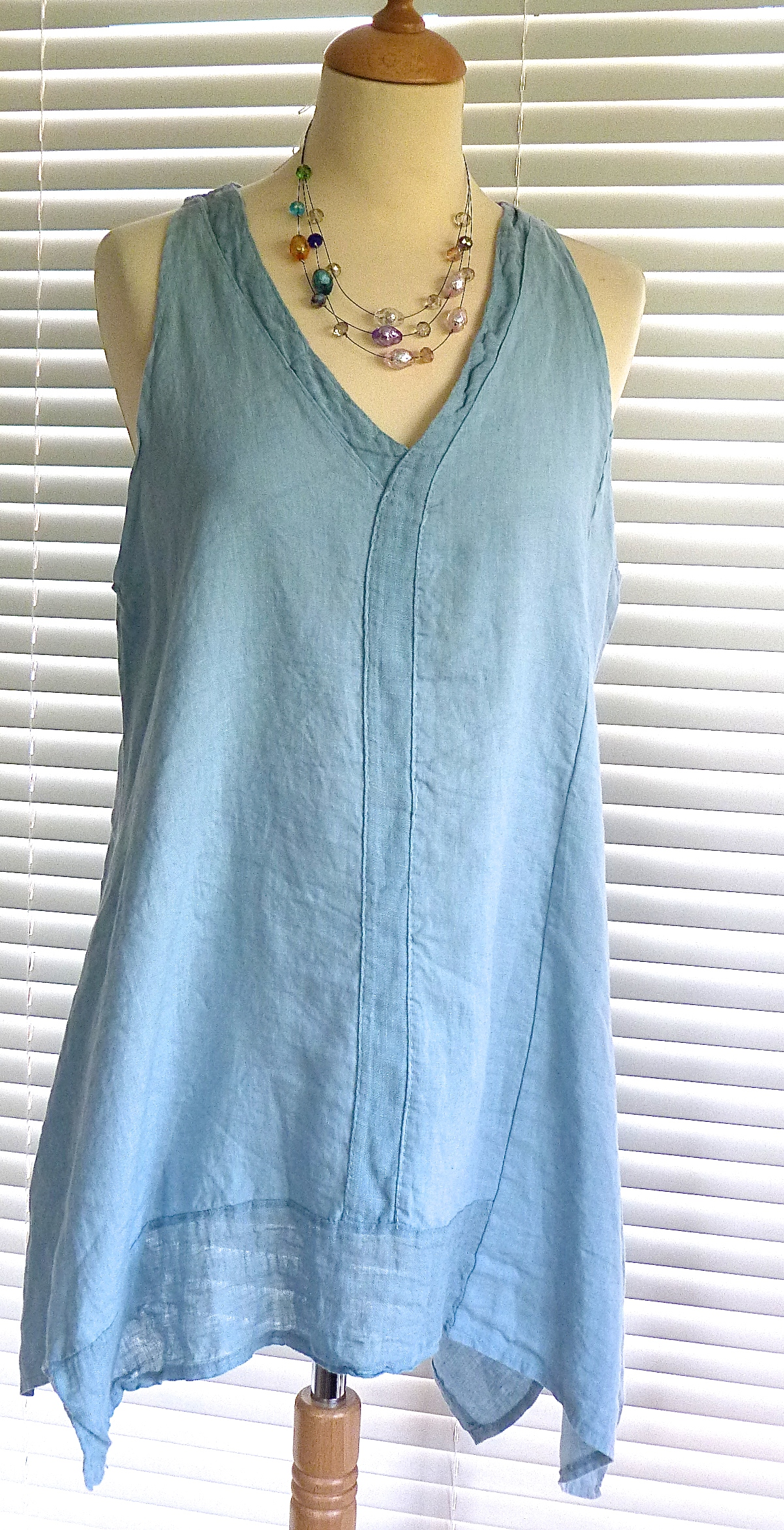 gorgeous italian linen v neck tunic style top with panel
