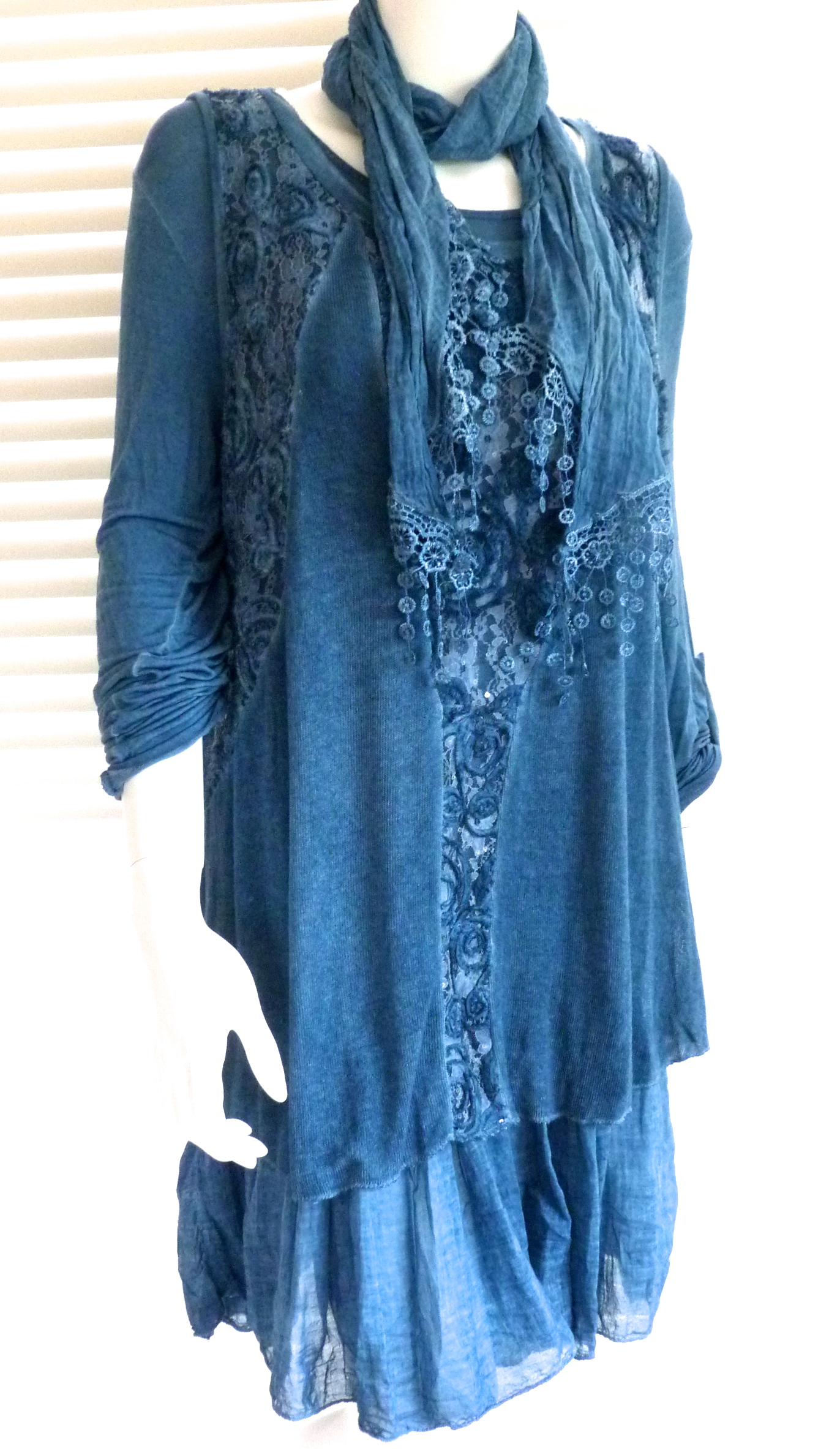Gorgeous Italian Lagenlook Knit And Lace Tunic Dress Set