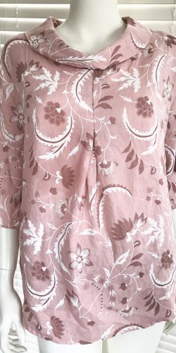 4afe1e0a8c0 Relaxed fit Italian linen lagenlook floral print top with soft roll  neckline – Fleur